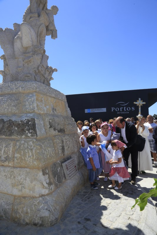 Inauguración de escultura da Virxe do Carme. Vilanova de Arousa